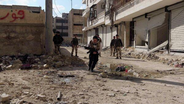Боевики в Алеппо, архивное фото