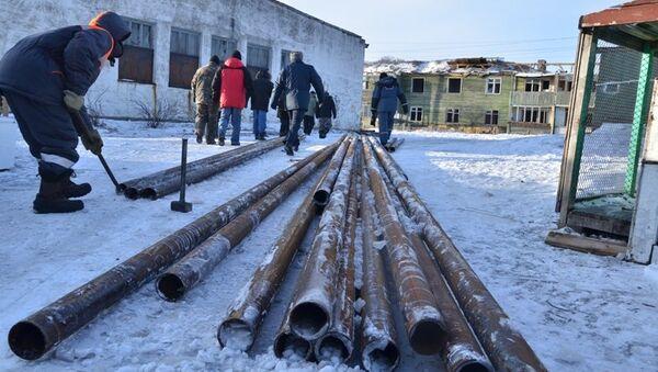 Самолет с оборудованием прибыл в камчатское село Тиличики
