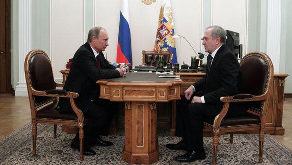 Встреча президента РФ В.Путина с полпредом в СЗФО В.Булавиным