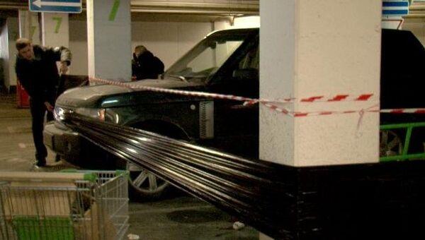 Машину убитого адвоката замотали пленкой, чтобы сохранить улики