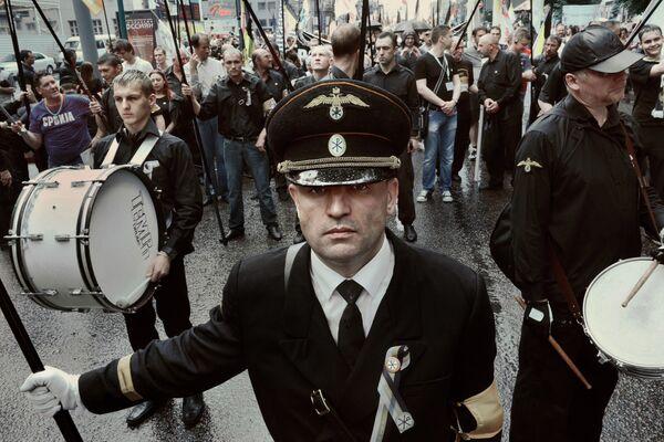 Фото Владимира Вяткина из серии Поколения Москвы в лицах (2010-2012)