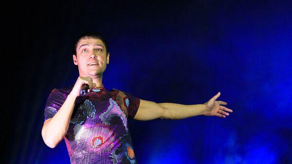Продюсер Шатунова рассказал о состоянии певца после операции