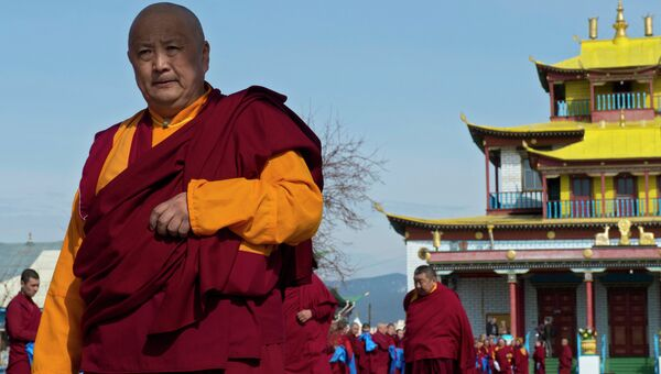 Глава Буддийской традиционной Сангхи России лама Дамба Аюшеев. Архив