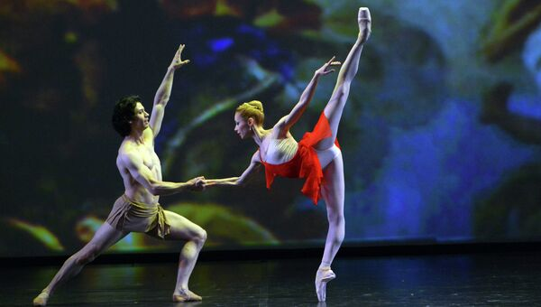 Балерина Яна Саленко (Берлинская государственная опера) и танцор Эрман Корнехо (Американский театр балета)