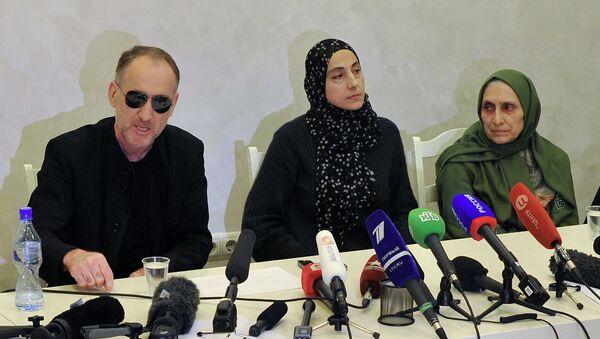 Пресс-конференция родителей братьев Царнаевых. Архивное фото