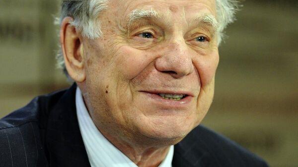 Нобелевский лауреат, вице-президент РАН Жорес Алферов