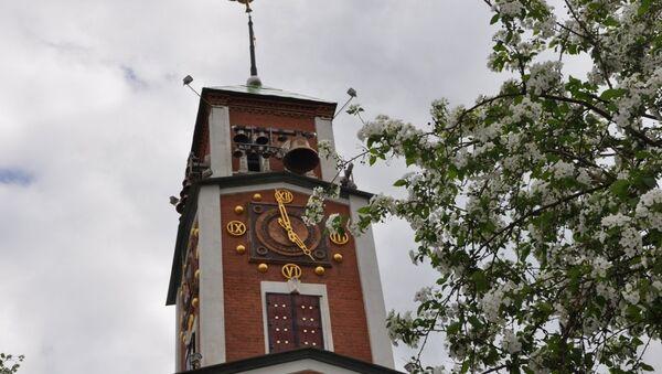 Городские часы Оренбурга. Архивное фото