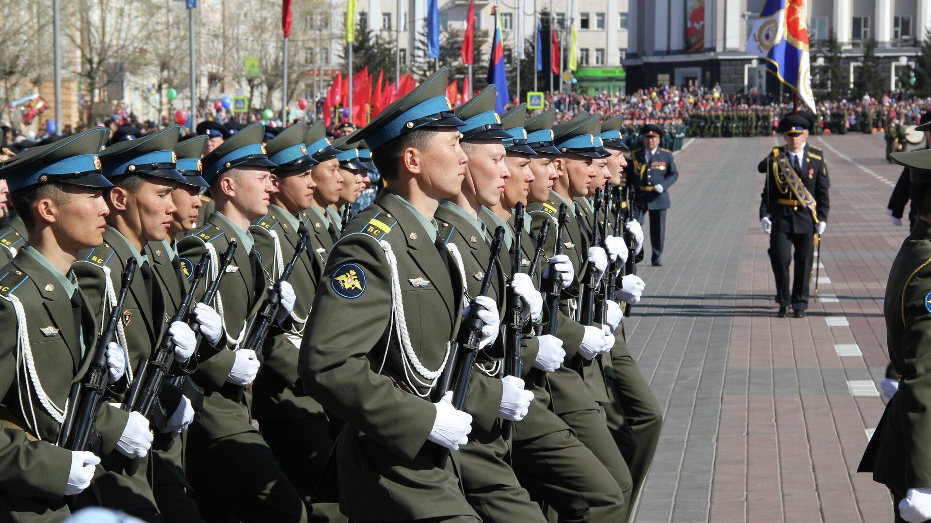 Военный парад в Улан-Удэ  - РИА Новости, 1920, 09.05.2021