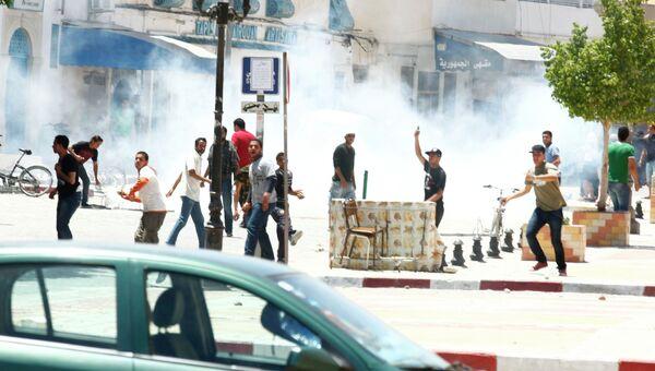 Беспорядки в городе Кайруан в Тунисе