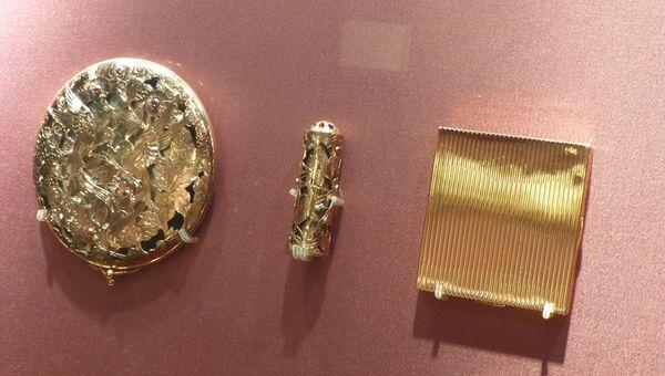 Выставка несессеров проходит в знаменитом Goldsmiths' Hall в лондонском Сити