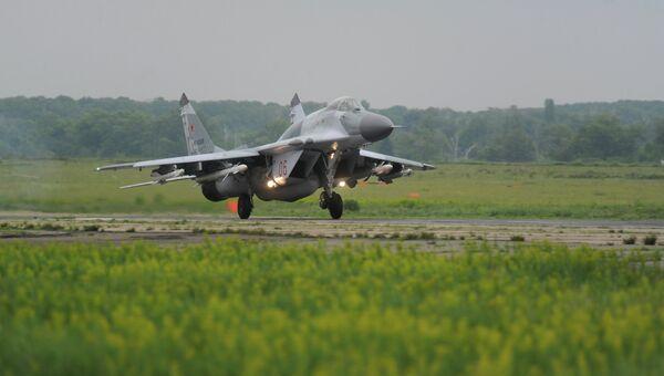 Истребитель МиГ-29 СМТ во время учений по проверке боеготовности войск Воздушно-космической обороны