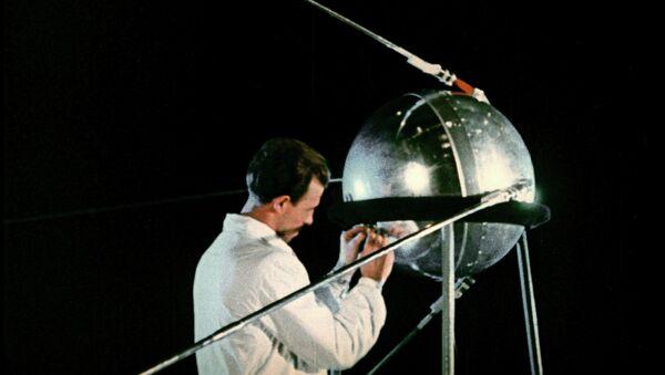 Первый искусственный спутник Земли. Архивное фото