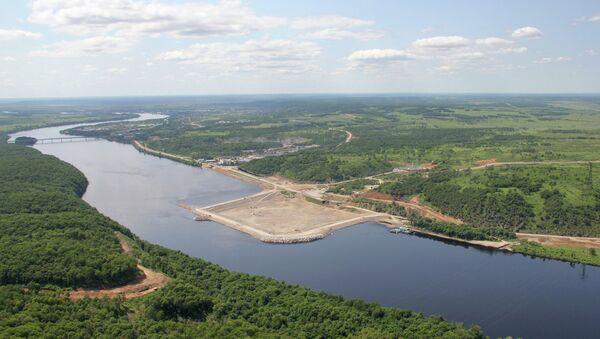 Плотина Нижне-Бурейской ГЭС. Архивное фото