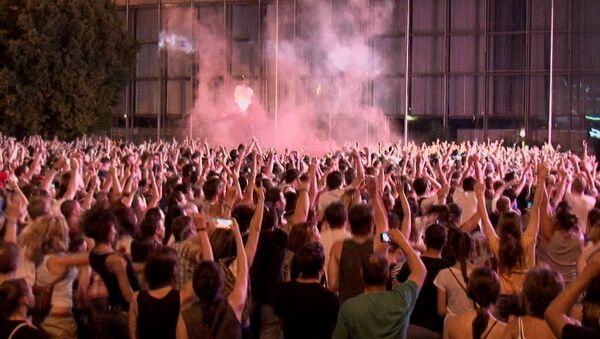 Фанаты Limp Bizkit жгли файеры на открытии фестиваля Park Live