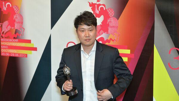 Южнокорейский режиссер Чон Енхен
