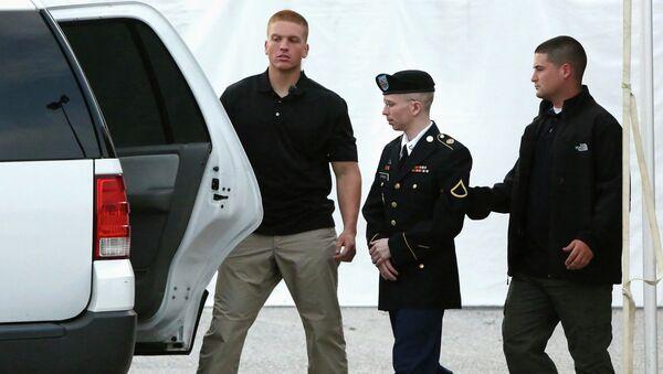 Военнослужащий Брэдли Мэннинг