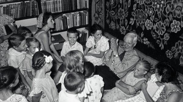 Советский писатель Корней Чуковский