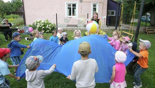 Детский досуговый центр Домик в Гурьевске, где созданы рабочие места для людей с проблемами здоровья