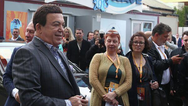 Певец, депутат Государственной Думы РФ Иосиф Кобзон на открытии международного конкурса молодых исполнителей популярной музыки Новая волна 2013