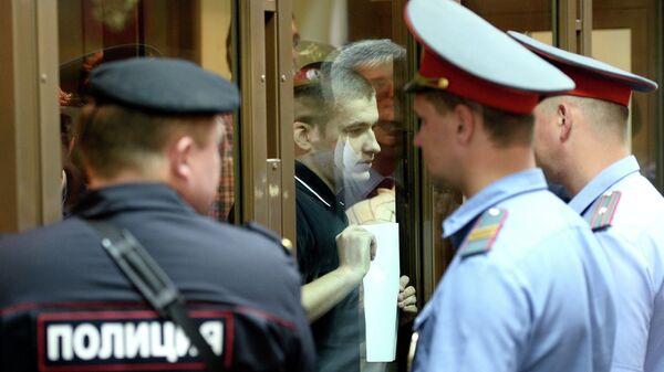 Обвиняемый по делу о массовых беспорядках на Болотной площади 6 мая 2012 года Алексей Полихович