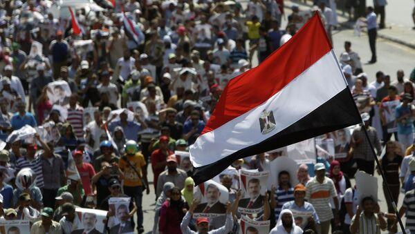Столкновения сторонников и противников свергнутого президента Египта Мухаммеда Мурси