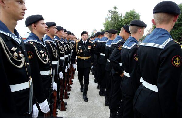 Репетиция парада ко Дню военно-морского флота РФ в Балтийске