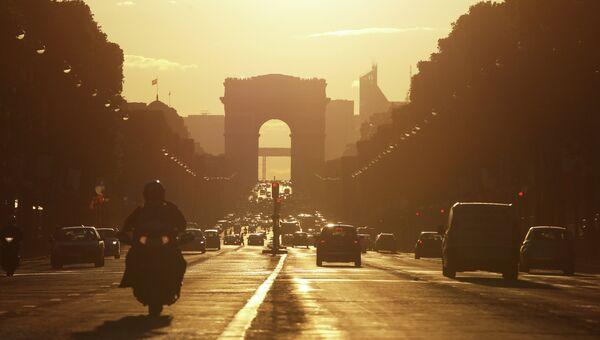 Триумфальная арка. Архивное фото