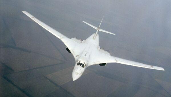 Советский сверхзвуковой стратегический бомбардировщик Ту-160. Архивное фото
