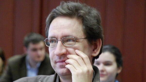 И.о. ректора РЭШ Станислав Анатольев