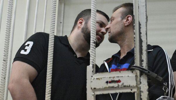 Бывший сотрудник МВД Максим Каганский (слева). Архивное фото