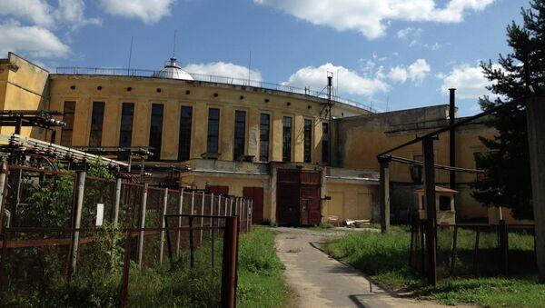 Здание нуклотрона в Дубне, на базе которого будет построен коллайдер NICA