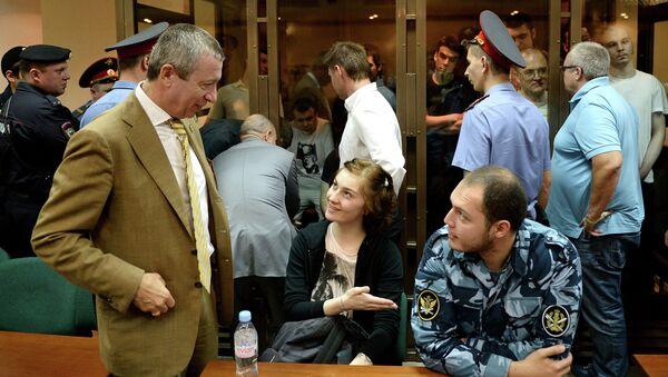 Александра Духанина во время судебного заседания в Мосгорсуде