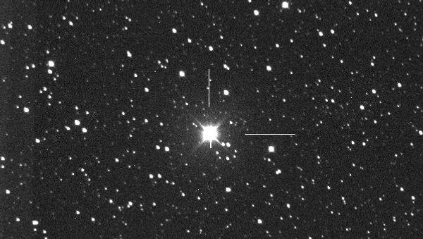 Новая звезда в созвездии Дельфина на фотографии, сделанной ее первооткрывателем, японским астрономом Коичи Итагаки