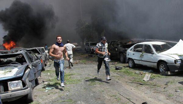 На месте мощного взрыва Триполи, Ливия