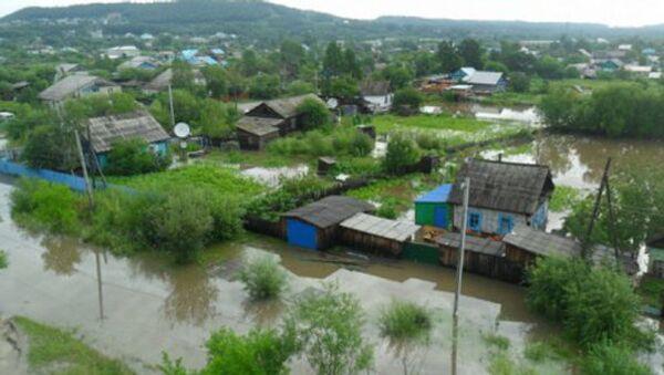 Костромские спасатели укрепляют дамбы в районе бедствия на Дальнем Востоке. Архивное фото