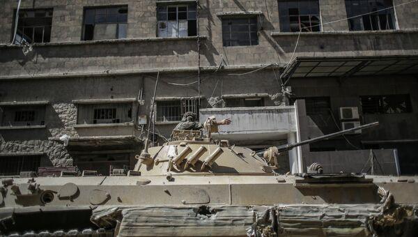 Сирийская армия в пригороде Дамаска. архивное фото