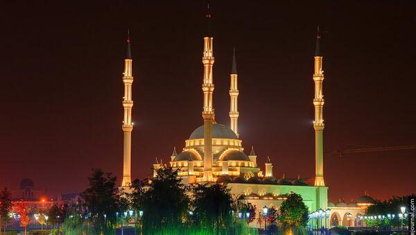Символ России с берегов Сунжи: мечеть Сердце Чечни в Грозном