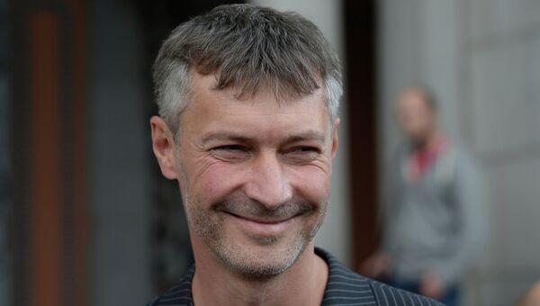 Евгений Ройзман, избранный главой Екатеринбурга, после заседания городской избирательной комиссии, утвердившей победу Ройзмана на выборах 8 сентября.