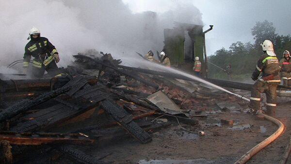 Пожар в интернате в Новгородской области, фото с места событий
