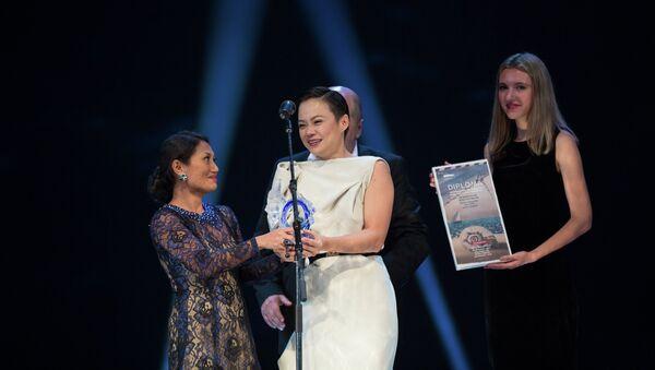 Вручение гран-при кинофестиваля Меридианы Тихого во Владивостоке. Фото с места события.
