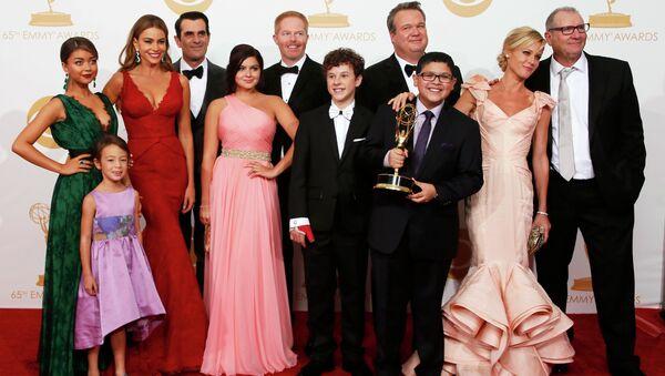 Актеры из сериала Американская семейка (Modern Family) на церемонии вручения 65-й премии Эмми