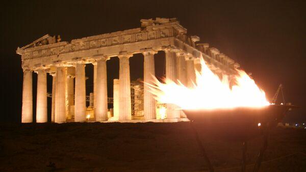 Олимпийский огонь доставили на афинский Акрополь, фото с места событий