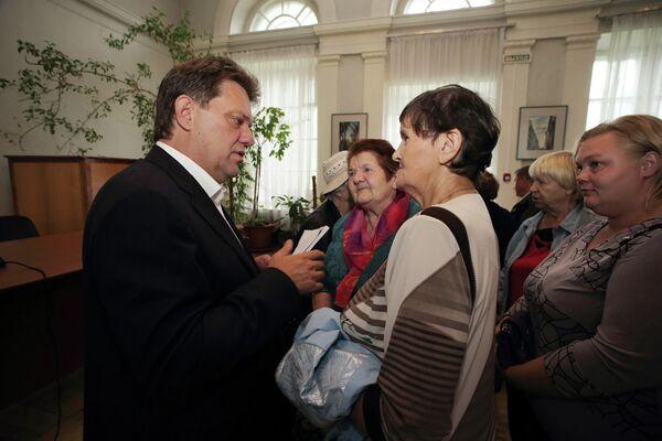 Иван Кляйн на встрече с жителями Кировского района