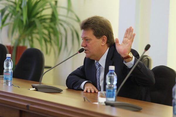 Иван Кляйн на встрече с избирателями в Пенсионном фонде России по Томской области