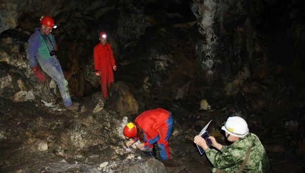 Изучение алтайских пещер учеными из Словении