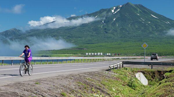 Вид на вулкан Богдан Хмельницкий на острове Итуруп.