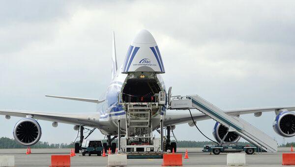 Самолет Boeing-747-8F авиакомпании AirBridgeCargо