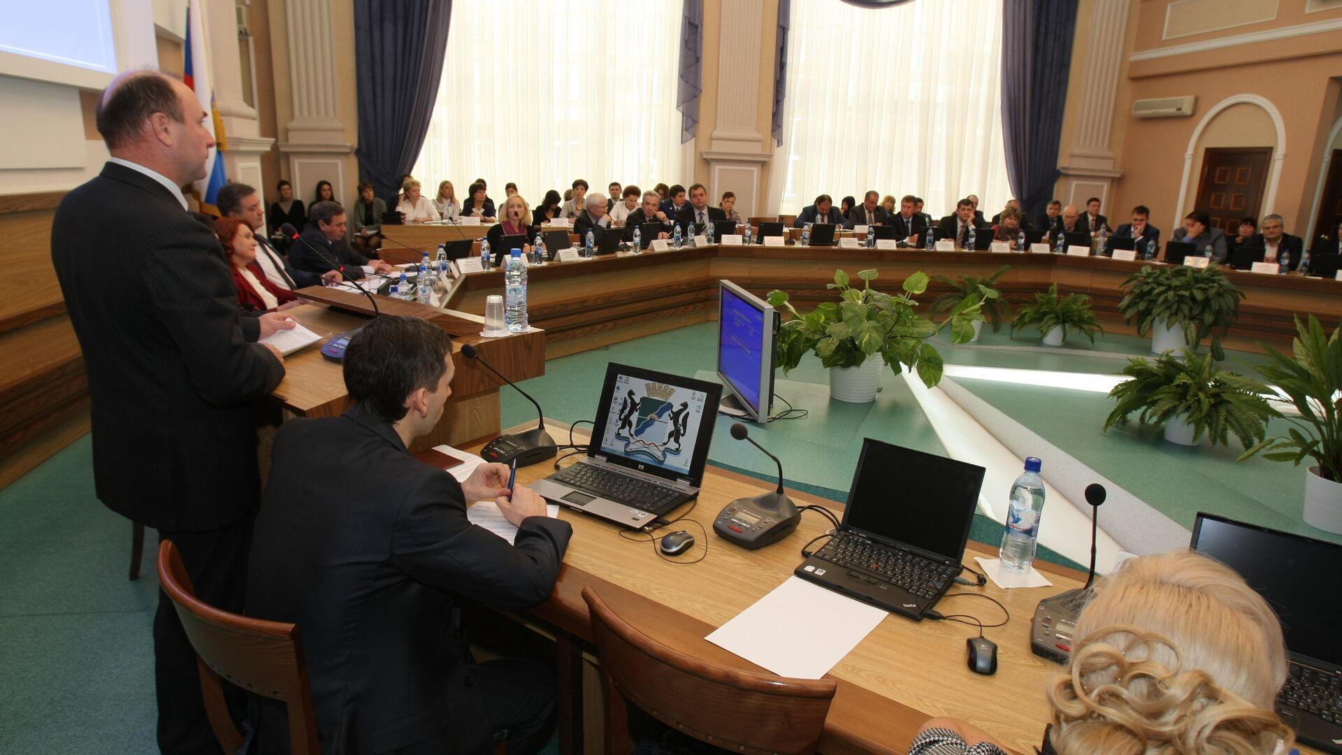 Сессия горсовета Новосибирска - РИА Новости, 1920, 18.05.2021