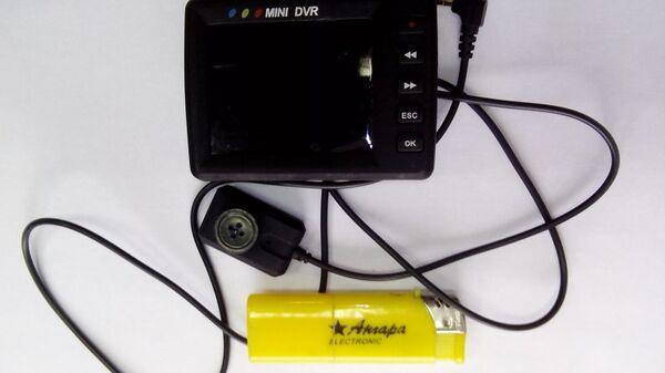 Эксперт рассказал, как обнаружить скрытую камеру дома, в отеле или офисе