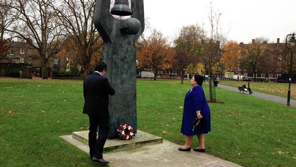 Великая княгиня Мария Владимировна Романова возложила венок к памятнику советским гражданам в Лондоне